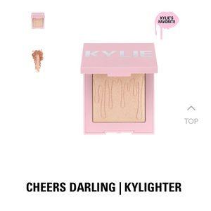 Kylighter Cheers Darling illuminating powder